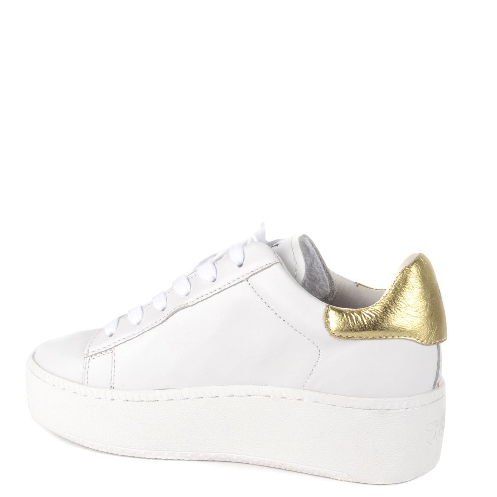 4a6e6fd5b3a CULT Trainers in White Leather   Gold