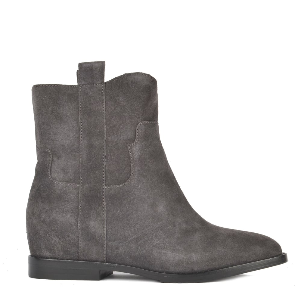JANE Low Wedge Boots Bistro Suede