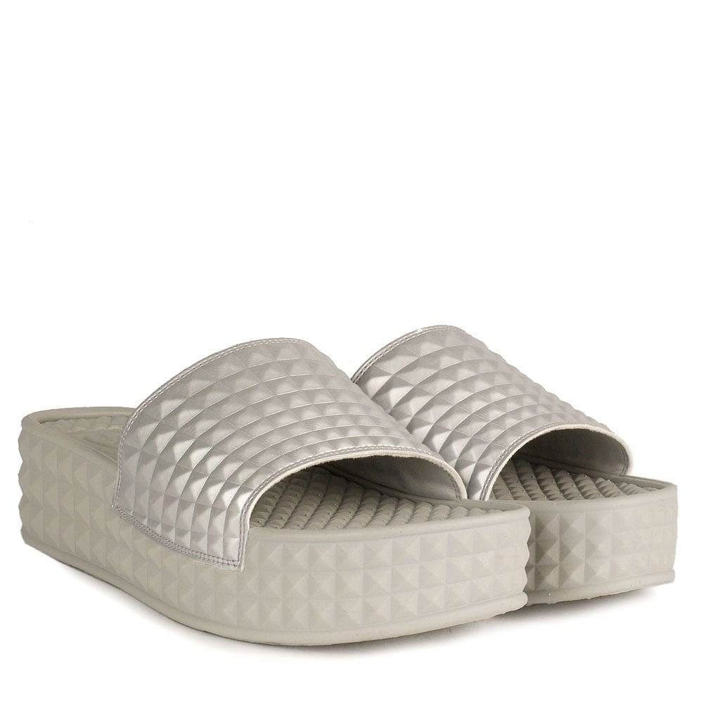 c5fb5be4bc34 SCREAM Studded Chunky Soled Sandals Antic Silver